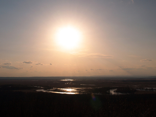 夕方の釧路湿原の写真素材 [FYI00268945]