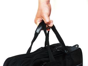 鞄を持つ手の写真素材 [FYI00268992]