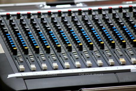 オーディオミキサーの写真素材 [FYI00269115]