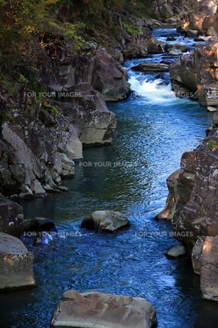 厳美渓の奇岩の素材 [FYI00269201]