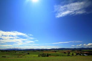三愛の丘展望公園から十勝連峰方面を望むの写真素材 [FYI00269569]