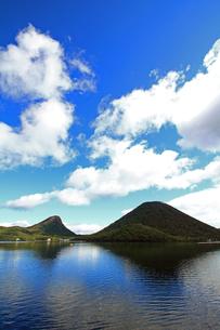 榛名富士と榛名湖の素材 [FYI00269637]