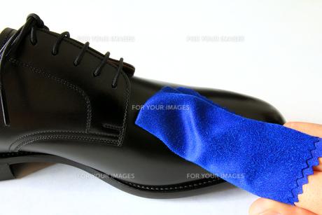 靴磨きの写真素材 [FYI00269725]