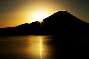 富士山 日の出の素材 [FYI00269854]