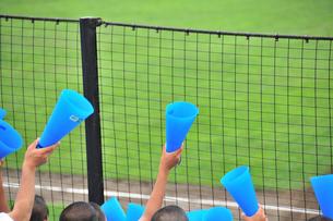 夏の高校野球の応援の写真素材 [FYI00270253]