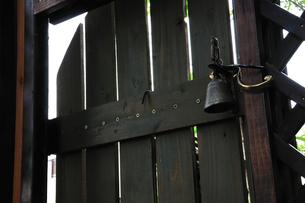 庭の木戸の写真素材 [FYI00270267]