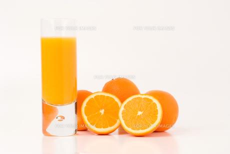 オレンジジュースの写真素材 [FYI00270448]