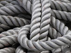 船の繋留用ロープの写真素材 [FYI00271372]