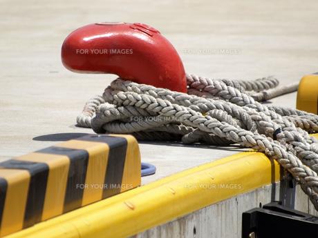 船の繋留用ロープの素材 [FYI00271389]