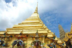タイ、黄金の寺院の写真素材 [FYI00271555]