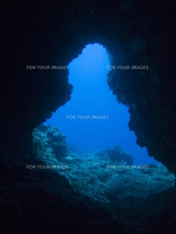 海底トンネルの先の写真素材 [FYI00271656]