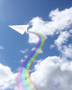 紙飛行機の写真素材 [FYI00274359]
