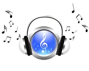 音楽を聴くの写真素材 [FYI00275161]