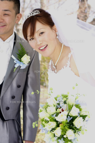 微笑む花嫁の写真素材 [FYI00277874]