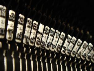 タイプライターのキーの写真素材 [FYI00278043]