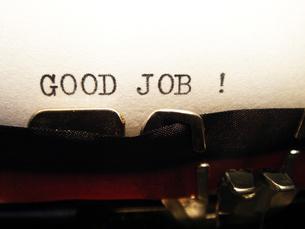 タイプライターで打った言葉  「GOOD JOB !」の写真素材 [FYI00278054]