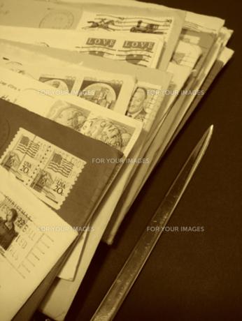 海外からの手紙の写真素材 [FYI00278137]