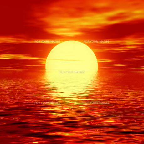 夕焼けの海の素材 [FYI00279304]