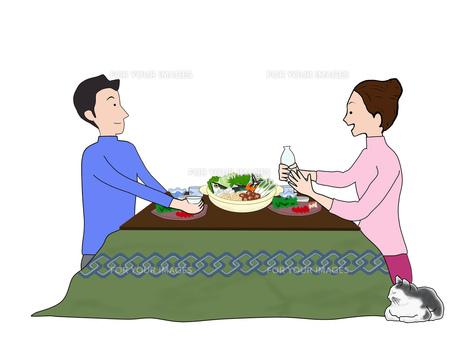 炬燵で鍋料理の写真素材 [FYI00280409]