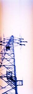 淡い鉄塔の写真素材 [FYI00280740]