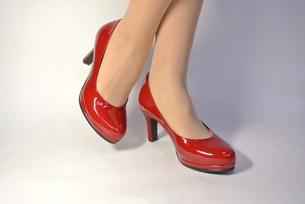 女性の足の写真素材 [FYI00280878]