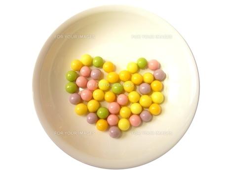 キャンディのハートの写真素材 [FYI00280998]