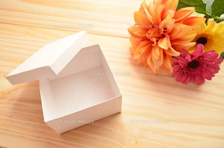 プレゼントボックスの素材 [FYI00281213]