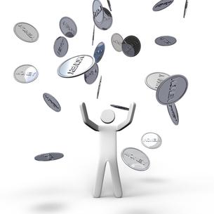 空から降ってくるお金と人物 正面図の写真素材 [FYI00281610]