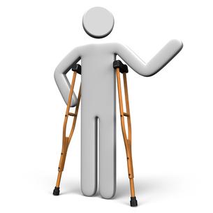 松葉杖を使う人の写真素材 [FYI00281811]