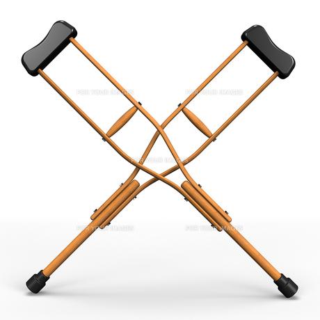 バツ印に組まれた松葉杖の写真素材 [FYI00281823]