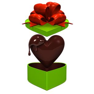 ハート型のチョコレートと緑のギフトボックス 正面図の写真素材 [FYI00281955]