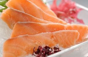 鮭の刺身の写真素材 [FYI00282457]