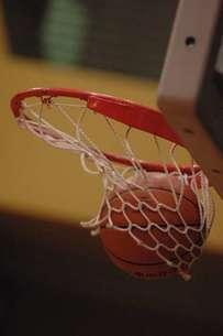 バスケットゴールの写真素材 [FYI00282492]