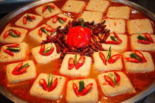 麻辣臭豆腐  台湾料理の写真素材 [FYI00283670]