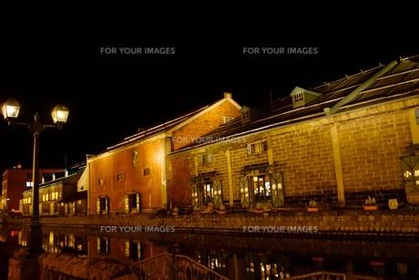 小樽運河の夜景の写真素材 [FYI00284213]