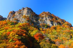 妙義山の絶壁の写真素材 [FYI00284323]
