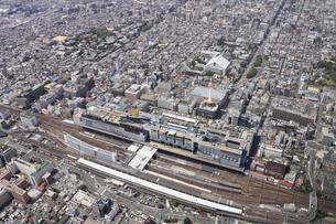 京都駅を上空より空撮の写真素材 [FYI00284466]