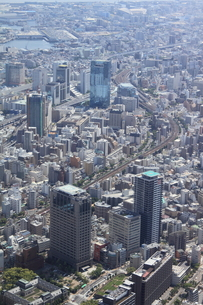 兵庫県庁の上空より神戸駅方向を空撮の写真素材 [FYI00284469]