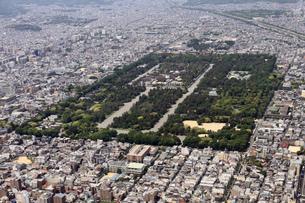 京都御所を上空より空撮の写真素材 [FYI00284475]
