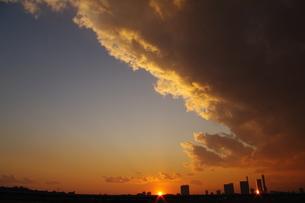ふたつの太陽の写真素材 [FYI00285015]