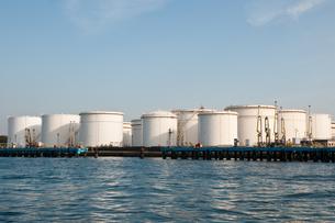 石油タンクの写真素材 [FYI00285284]