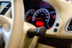 自動車のダッシュボードの写真素材 [FYI00285344]