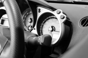 自動車のダッシュボードの写真素材 [FYI00285429]