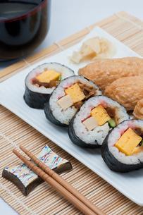助六寿司の写真素材 [FYI00285499]