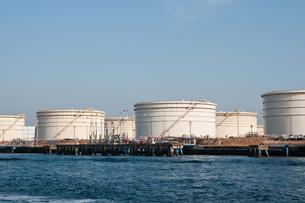 石油タンクの写真素材 [FYI00285528]