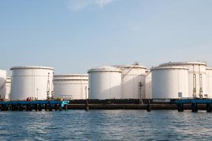 石油タンクの写真素材 [FYI00285558]