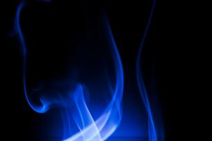 青の煙の写真素材 [FYI00285759]