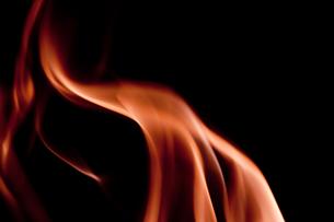 赤の煙の写真素材 [FYI00285771]