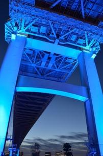 鋼鉄の橋の写真素材 [FYI00285940]