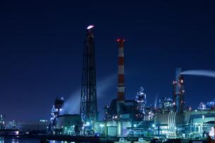 京浜工業地帯の夜景の写真素材 [FYI00286273]